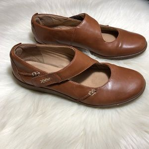 Clarks Collection Leather Mary Jane Flats